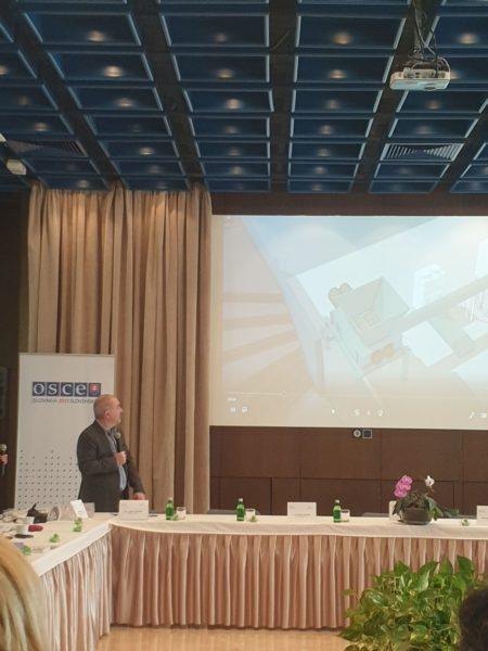 Dron Industries Fórum V Belehrade 1
